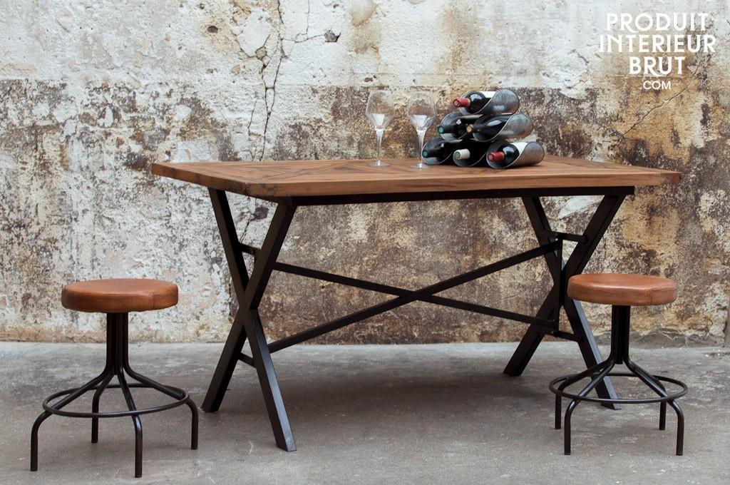 Tisch Cade aus Metal und Holz | moebel-insider.de